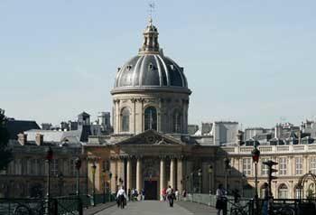 AcadémieFrançaise: tra purismo e franglais
