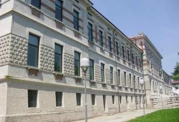 conferenza alla biblioteca di palazzolo